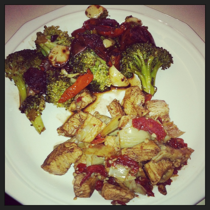 garlic, sun dried tomatoes, and artichoke heart chicken with roasted ...