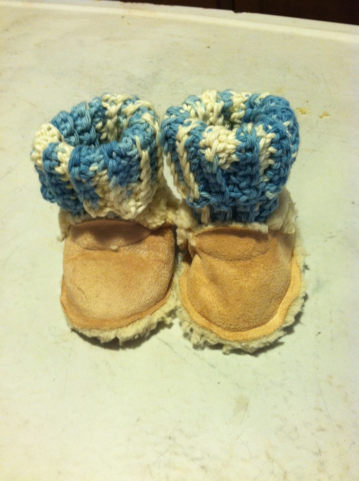 Sherpa fleece baby booties topped with crochet cotton yarn great baby