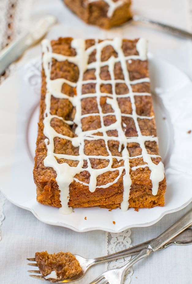 Brown Sugar-Topped Cinnamon-Sugar Coffee Cake with Vanilla Cream ...