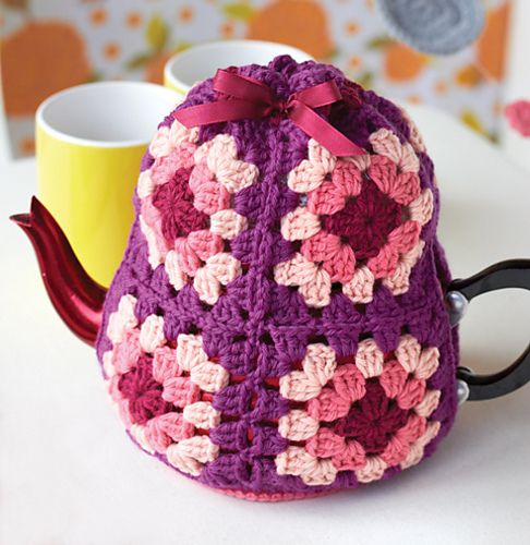 Ravelry: Tea Cozy pattern by Sarah London, in her book Granny Square Love: A New Twist on a Crochet Classic for Your Home.