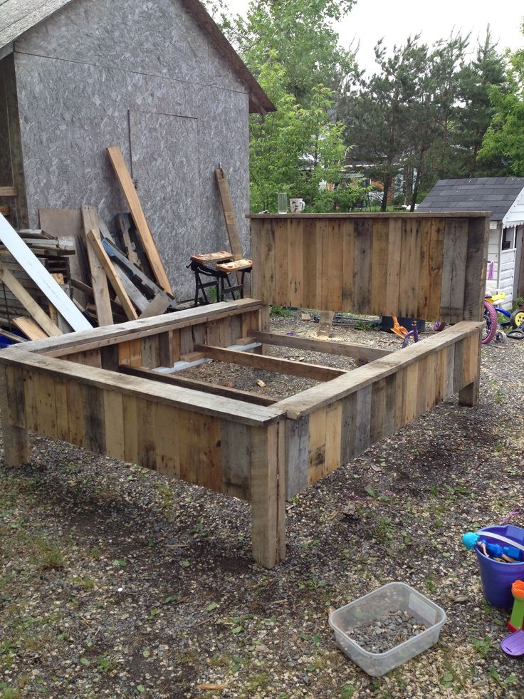 reclaimed skid wood bed frame skid projects pinterest