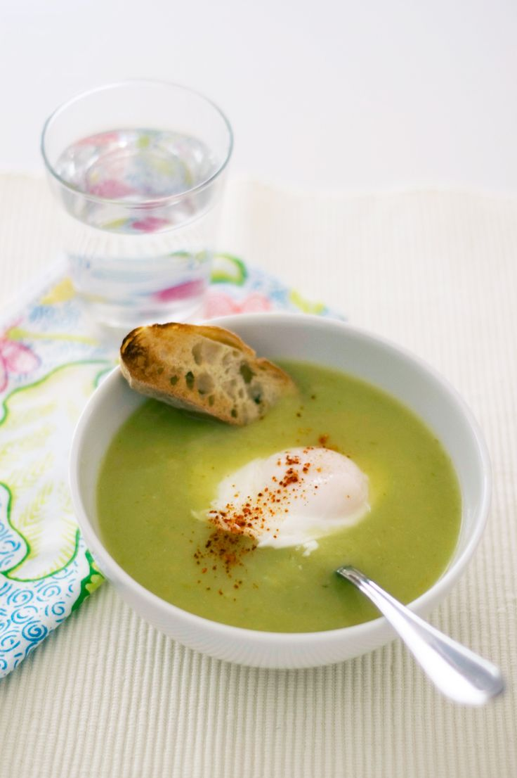 ... poached eggs green pea and asparagus soup with poached eggs and toast