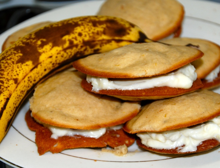 Banana whoopie pies | One Million Recipes | Pinterest