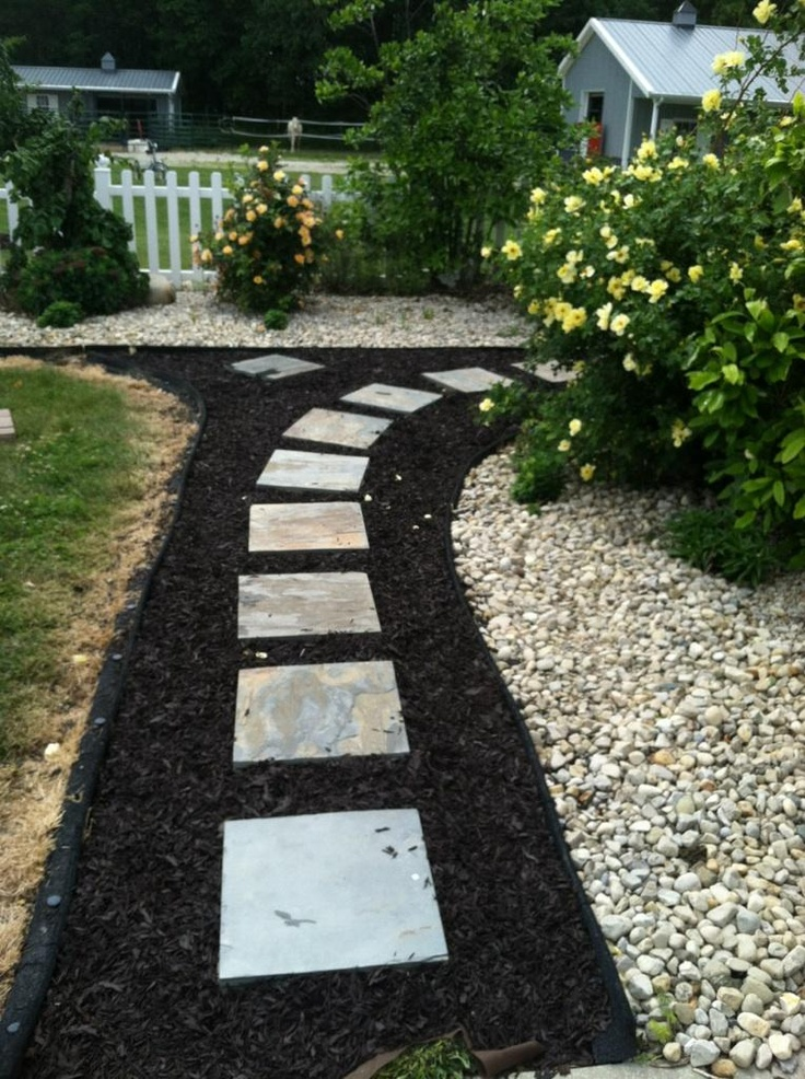 Path with pavers and mulch i love the look of the slate pavers with