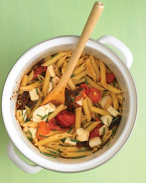 Penne with Two Tomatoes and Mozzarella
