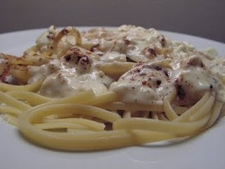 The Double Dipped Life: Roasted Garlic and Asiago Cream Sauce