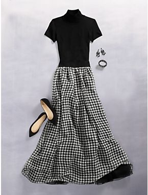 Houndstooth & tulle maxi/ black turtle/polo neck