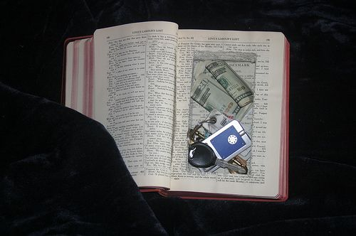 Make your own 'Book Safe'!!   pretty cool, but i don't think i could do that to a book!!