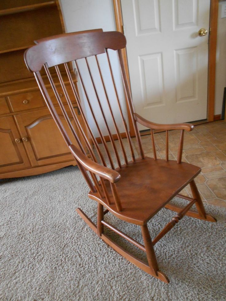 Vintage Beautiful Heywood Wakefield Light Wood Folk Art Rocking Chair