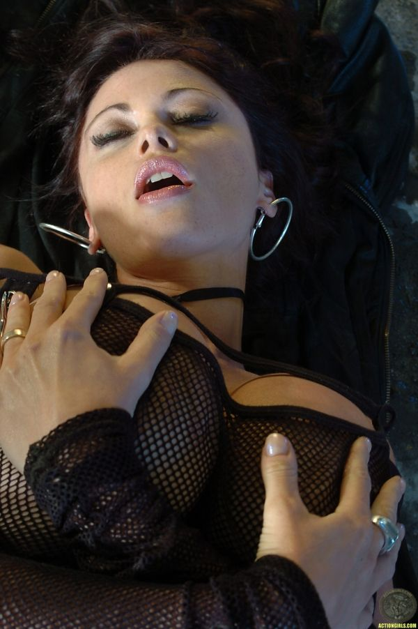Veronica Zermonov Nacktfotos