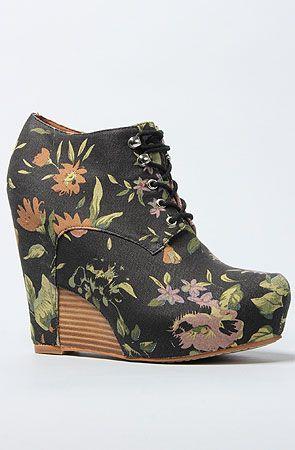 The Iris Shoe in Floral by Matiko Shoes #MissKL #SpringtimeinParis