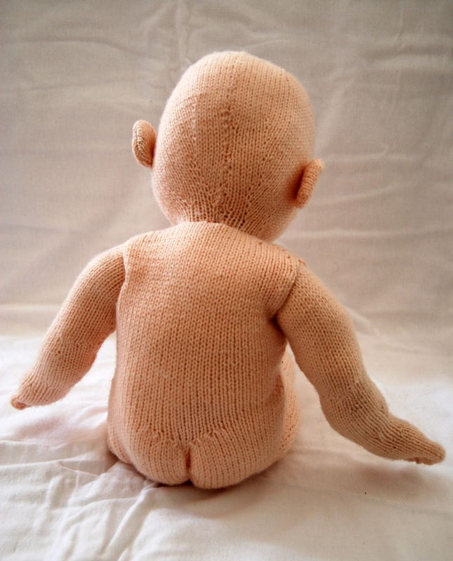 Knitted Baby Bunting Pattern : Pin by Icelandic Knitter on Knitted dolls Pinterest