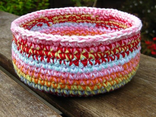 Free Patterns Crochet Baskets Bowls : Crochet bowl tutorial baskets and bowls, crochet and ...