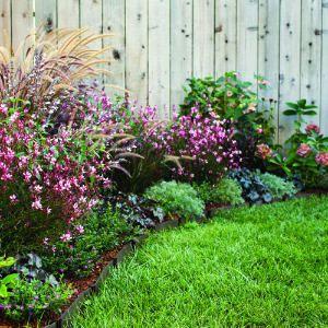spring patio border ideas