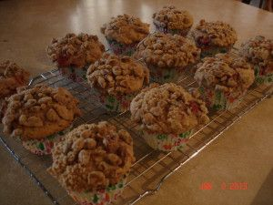 Rhubarb-Strawberry Streusel Muffins-- From: http ...