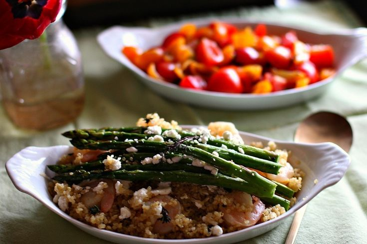 Shrimp & Asparagus Quinoa with Goat Cheese! Quick and healthy meal ...