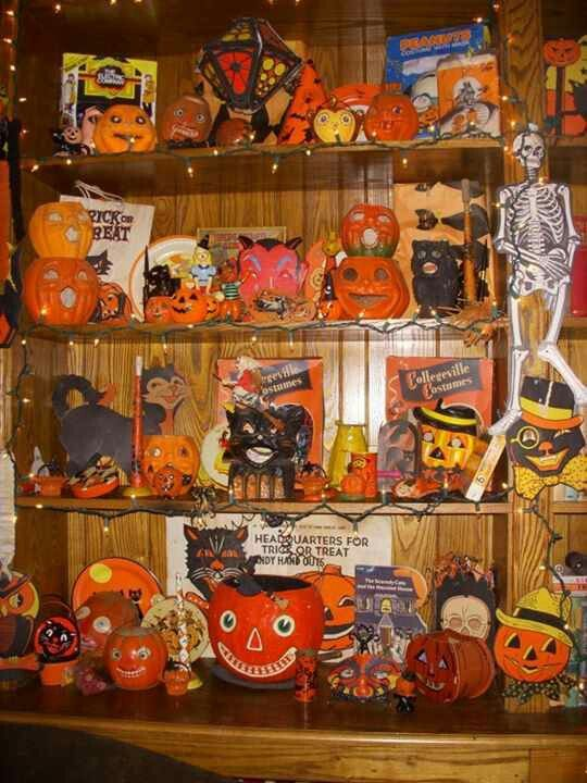 Pin by sarah b on vintage halloween decor pinterest for Antique halloween decoration