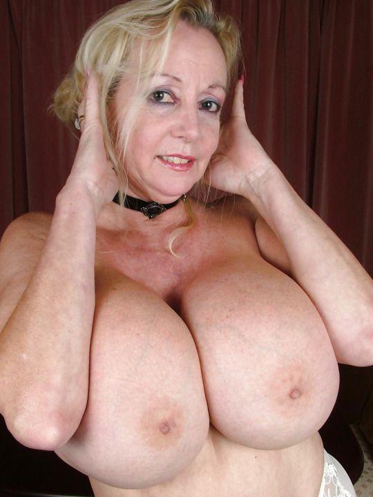 227 best SEXY GRANNIES images on Pinterest | Older women ...