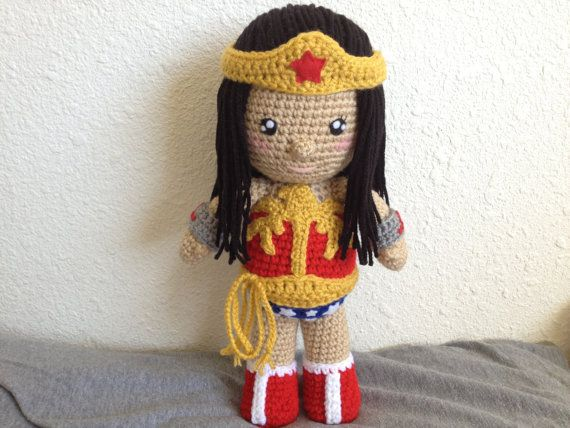 Amigurumi Wonder Woman : 12