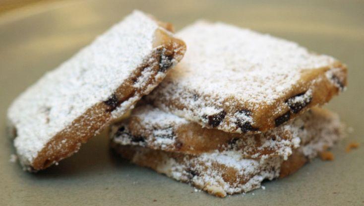 Espresso Chocolate Shortbread Cookies | eatniks.com