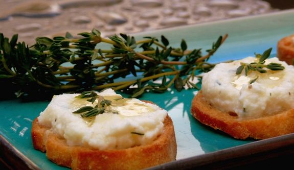 Challah Bruschetta With Lemon Ricotta And Honey Recipes — Dishmaps