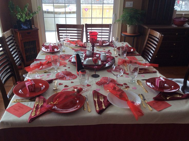 Valentine 39 s day dinner party holiday ideas pinterest for Valentine day dinner party ideas