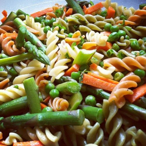 fresh spring pasta salad   A girls got to eat!... & drink!   Pinterest