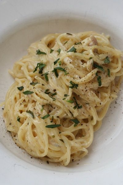 Pasta with Chicken, Tarragon and Cream. Yummy! vermouth gives the ...