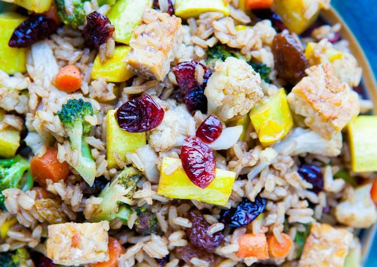 Pumpkin Spiced Brown Rice Tempeh and Cranberry Salad | Bustle