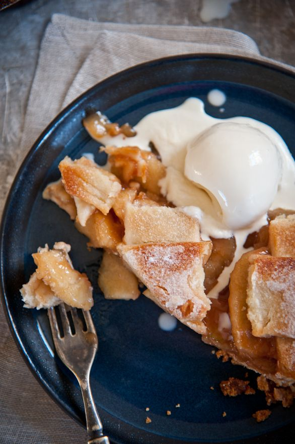 WHAT FIRES ME UP: Apple pie a'la mode. Simple, down to earth time with ...