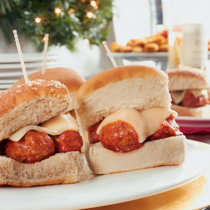 Italian Meatball Sliders #Recipe #HolidayEntertaining