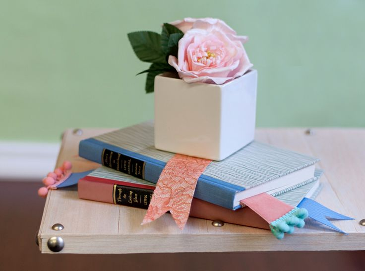 DIY: Beautiful bookmarks