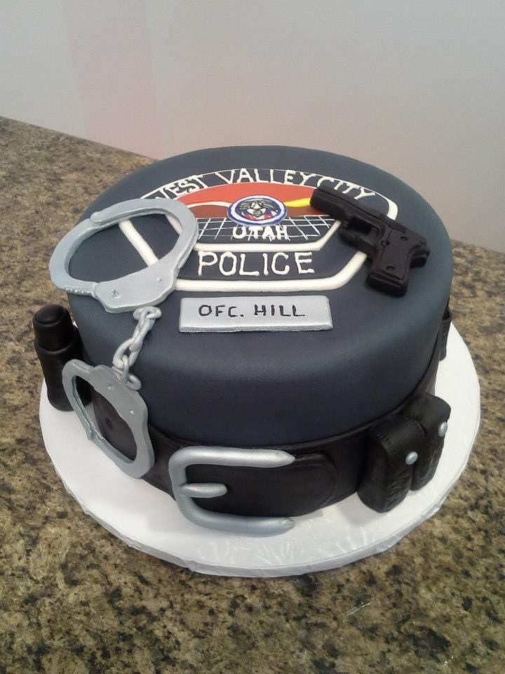 Cake Decorations For Police Cake : Police Officer Cake baking: police week Pinterest