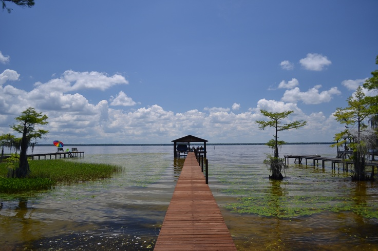 lake waccamaw buddhist single men Lake splits the municipality in half—creating two dodge and his men cornered about eleven of the raiders located on a peninsula called waccamaw neck.