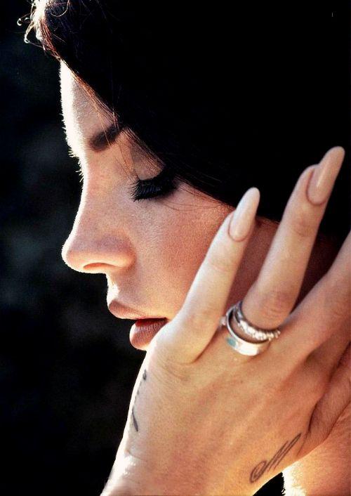 Lana Del Rey   Nails  ...