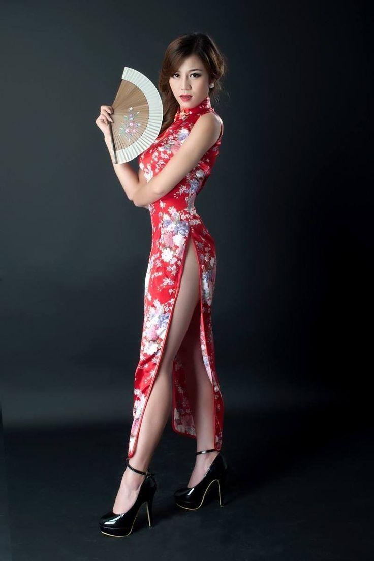 Фото Азиатки В Платьях