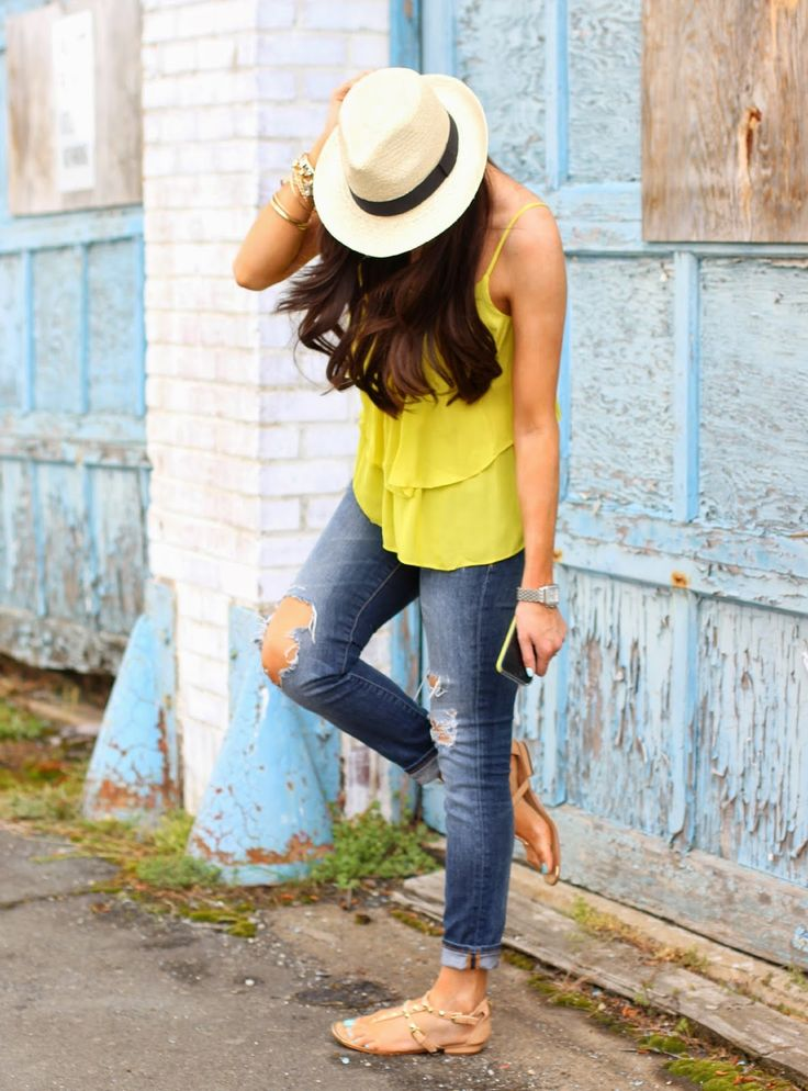 casual summer look - ripped denim + fedora