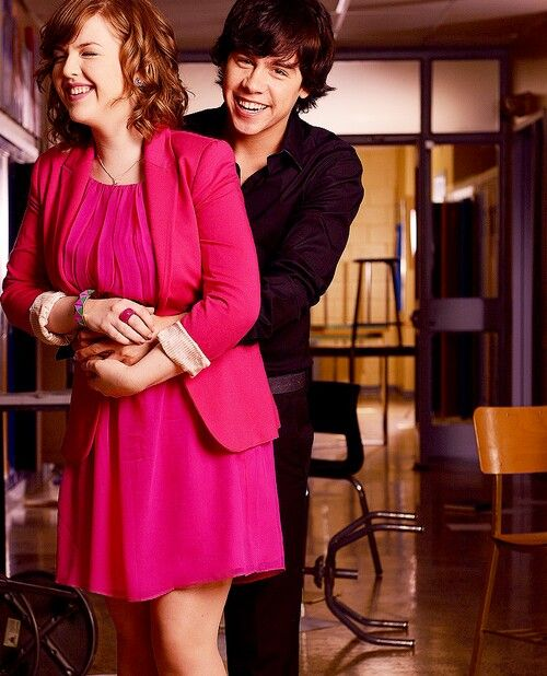 are munro and aislinn dating 2013 spike