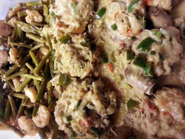 """Miles of Crab stuffed mushrooms w/ garlic shrimp&asparagus! """"Delicio..."""