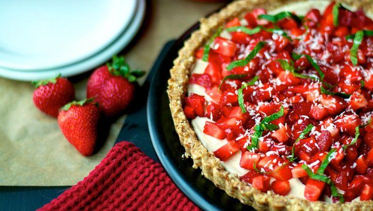 Raw Strawberry Tart | Raw Food | Pinterest