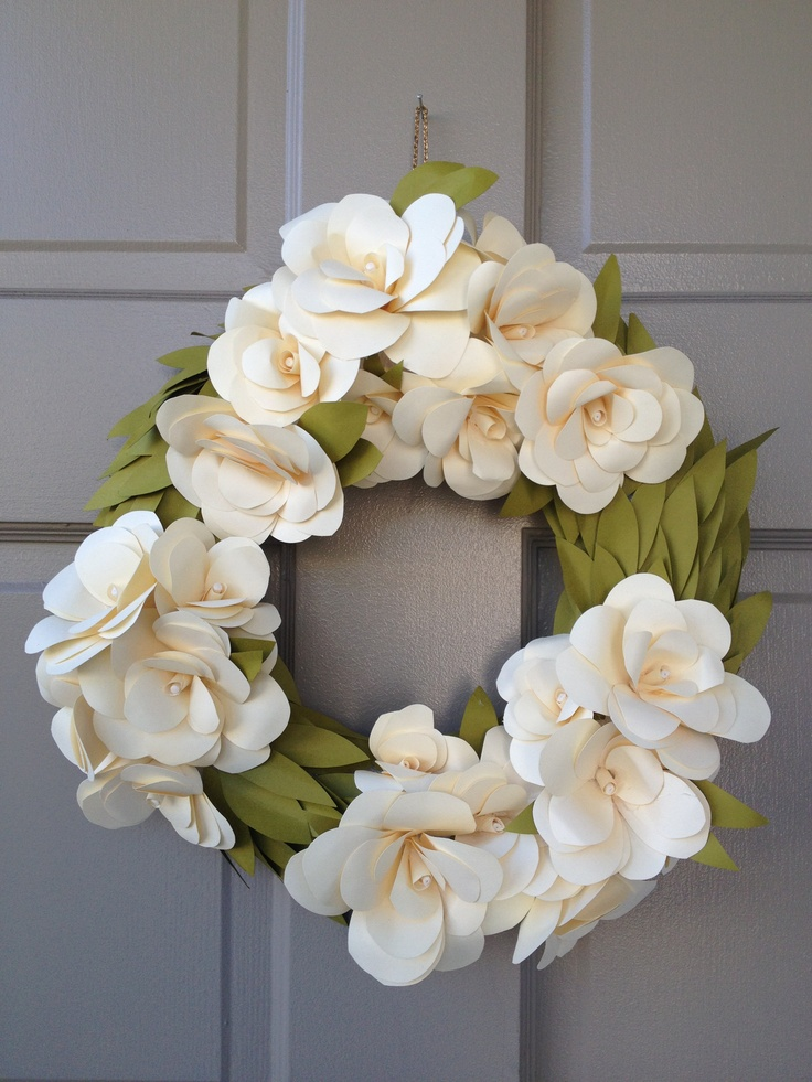 paper wreaths For the love of orchids our diy paper orchid flower wreath is a craft made in papercut paradise featuring our cymbidium orchid kit and crepe paper.
