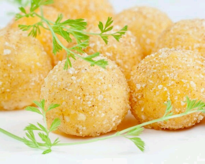Fried guacamole :) | appetizers, soups, dips, and salads | Pinterest