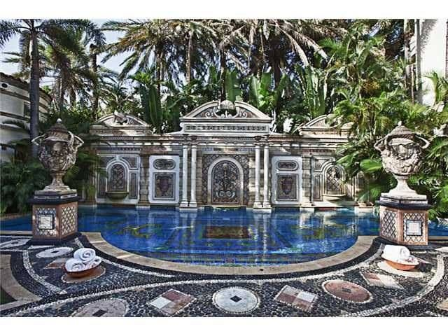 Gianni Versace Bought This Mansion In Miami Beach Florida For 10