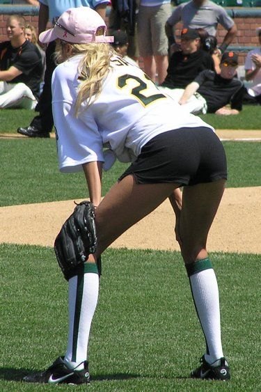 these sexiest wives major league baseball