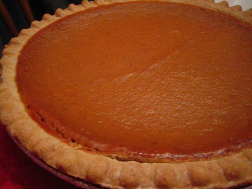 Easy Thanksgiving Pumpkin Pie Recipes: 2 Ways to Do the Classic Desse ...