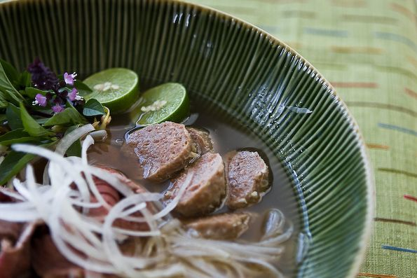 Crock Pot Pho (Vietnamese Beef Noodle Soup)...I'm trying this tomorrow ...