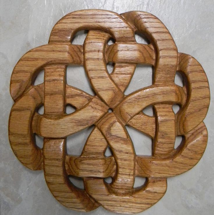 Celtic Knotwork in Oak wood | Ornaments - patterns | Pinterest