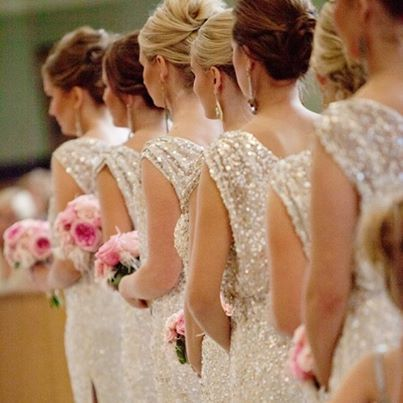 Sparkly bridesmaids dresses // Photography: Melissa and Beth