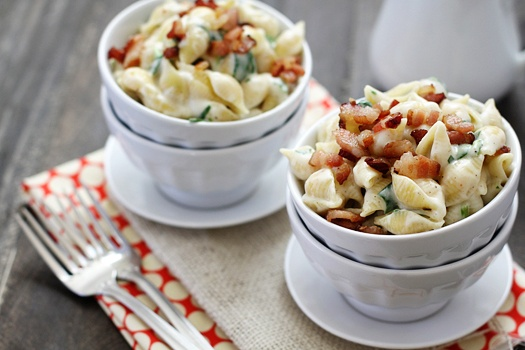 Fontina, Spinach and Bacon Shells and Cheese || @Tori Morris check out ...