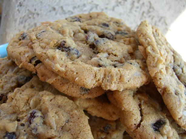 Coconut Oatmeal Raisin Cookies from Food.com: I fill my cookie jar ...